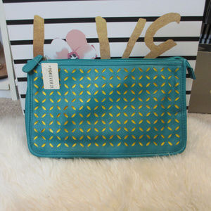 🛍3 for $20 Forever 21 Clutch Jade & Yellow. New!